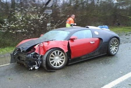 worst bugatti crashes first bugatti veyron accident newlaunches