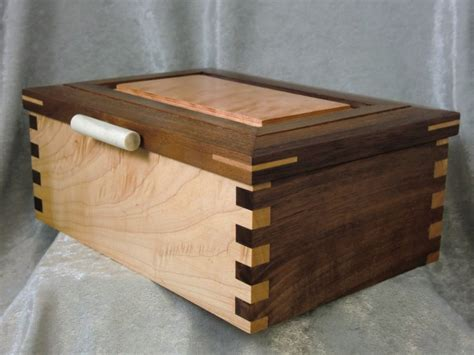 Figured Maple and Walnut Box with Hinged Lid   Ted's Woodshop