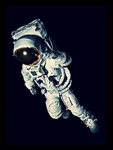 Astronaut in Space Alone - Pics about space