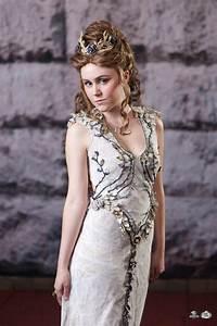 "Margaery Tyrell ""Purple Wedding"" Dress: Gallery"