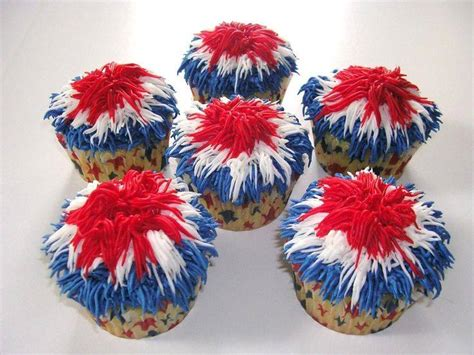 fourth of july cupcake ideas celebrate 4th of july with festive cupcake desserts