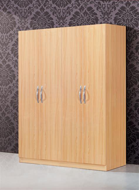 mobilier de chambre pas cher simple armoire en bois grand