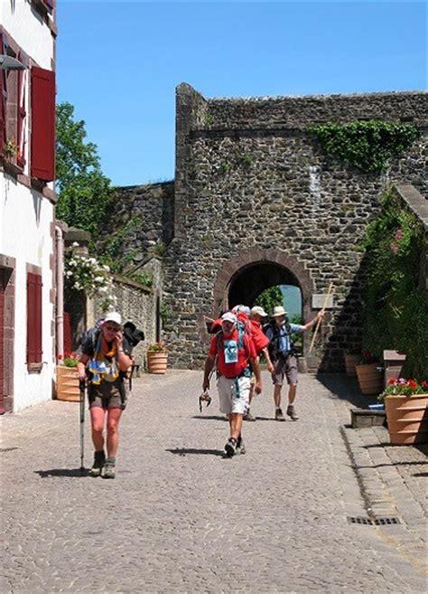 chemins st jacques de compostelle b 233 arn pyr 233 n 233 es pays basque