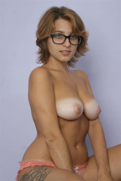 Bd Company Nude Hot Girls Wallpaper Office Girls Wallpaper