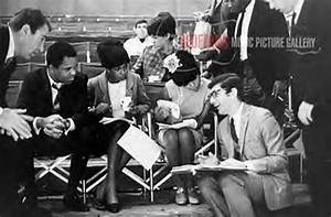 Berry Gordy With The Supremes The Film Dreamgirls Attempt