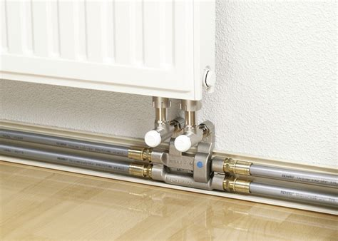 connection   skirting board