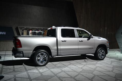 Dodge Plans For 2020 by 2019 Ram 1500 Revealed Ram With A Family Plan For