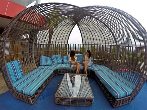 indoluxe hotel  wajib dikunjungi  sleman yogyakarta