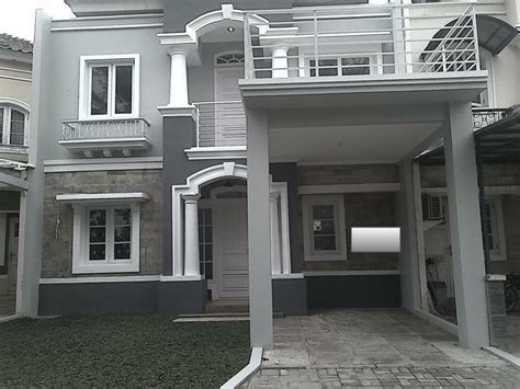 Dijual Rumah Habis renovasi Carport dak beton di