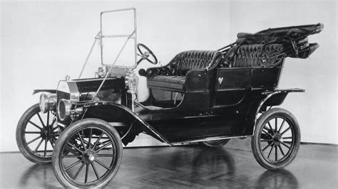 henry ford  model    production car