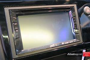 Modifikasi Head Unit Mobilio