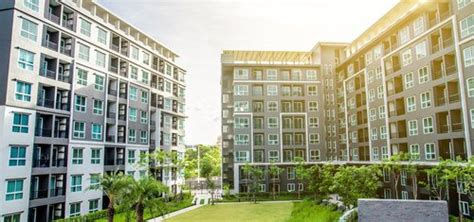 Apartment Vs Townhouse by Condo Vs Townhouse Pros Cons Comparisons And Costs