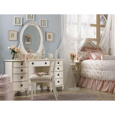 bedroom vanity dresser set s treasures ii bedroom vanity set bedroom