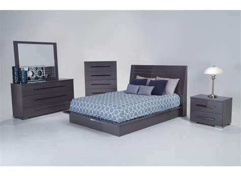 Dimora Bedroom Set Dimora Platinum 5 Piece Bedroom Group