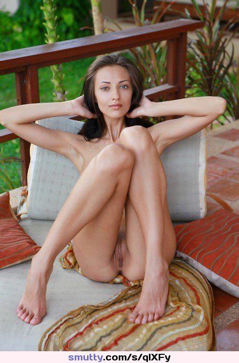 Brunette Eyecontact Beautiful Milf Holdinghair Feet