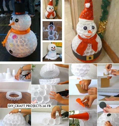 schneemann aus plastikbechern anleitung schneemann basteln stimmungsvolle deko f 252 r weihnachten