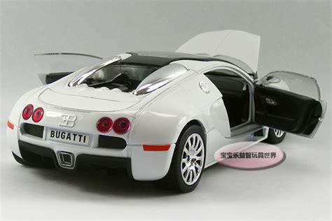 Brand New Bugatti Veyron Hardtop Model Car 1 24 Scale