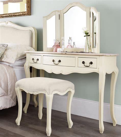 dressing table shabby chic shabby chic chagne furniture cream chest of drawers dressing table chests ebay