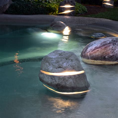 Licht Im Garten Menhir Pool Light Atlas Natursteine Ag