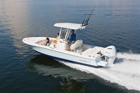 Robalo Boats Europe by 2018 Robalo 246 Bay Boat Gallery