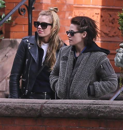 BRUISED & BLOODY Kristen Stewart Out With Stella Maxwell