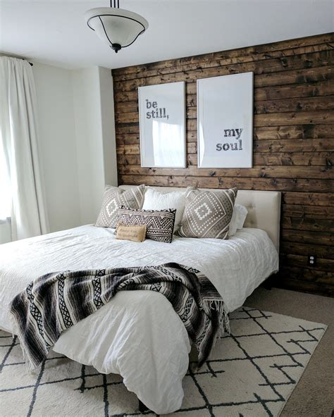 Bedroom Decorating Ideas For Wood by How To Build A Wood Plank Accent Wall Diy Home Decor