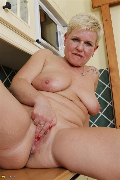 Mature Nl Blonde Mature Slut Playing With Herself At Dbnaked Com