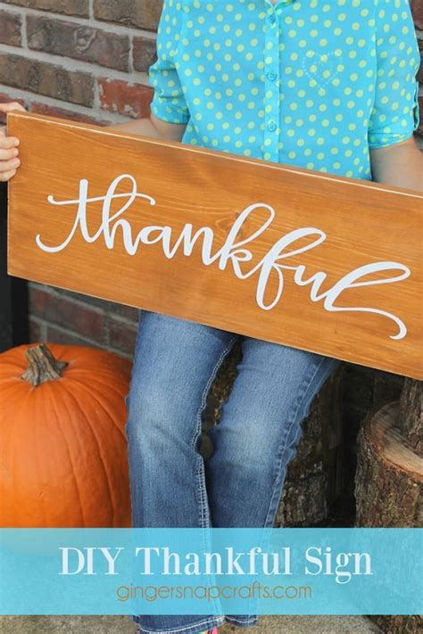 diy thankful sign  gingersnapcraftscom holiday