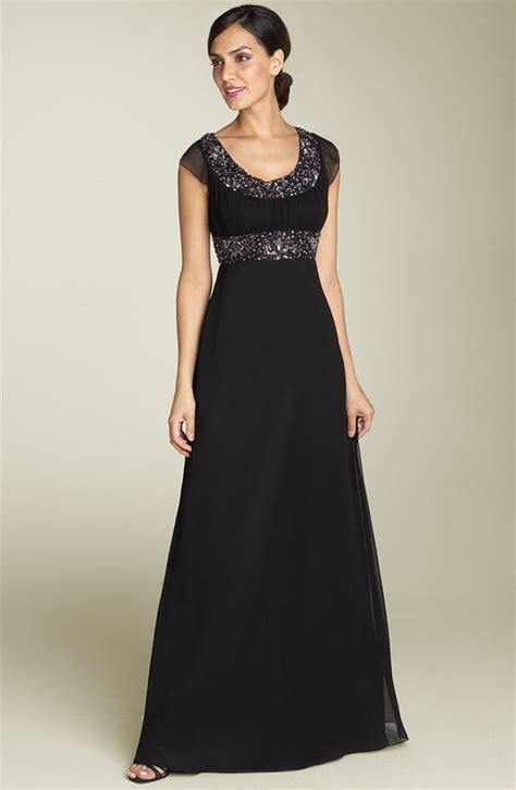 MG Fashion: Black Tie Dresses