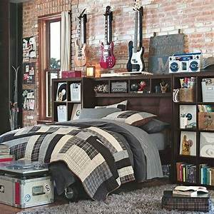 40 teenage boys room designs we love With bedding ideas for teenage boys