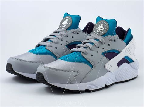 How to spot fake Nike Air Huarache in 28 steps