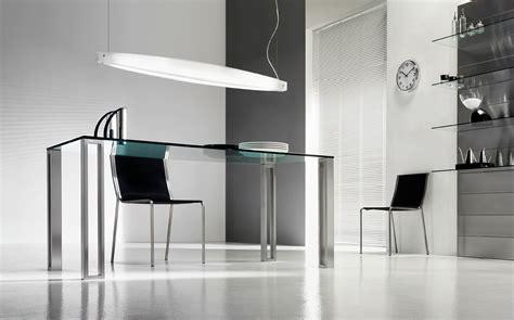 plateau de bureau en verre sur mesure le bureau en verre aux mesures extensibles vive la vie
