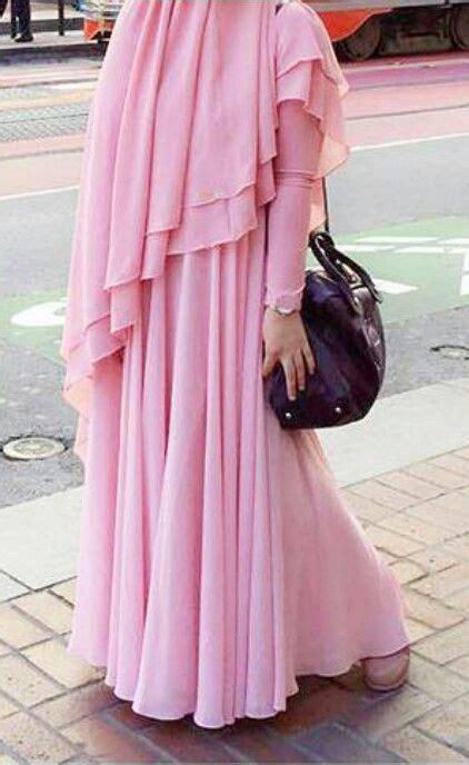 pin oleh hatice  muslima wear gaya hijab gaun hijab