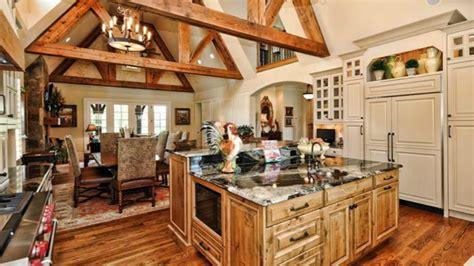 built  refrigerators  blend perfectly   kitchens decor