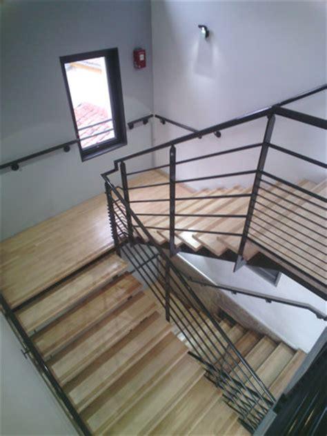 pose courante escalier 28 images pose de courante bouches du rh 244 ne 13 applinox kit