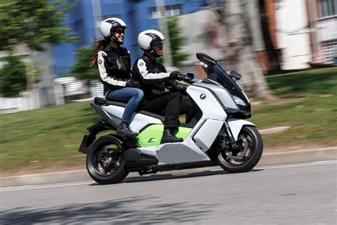 Bmw Electric Motorcycle by Bmw C Evolution Electric Motorcycle Eluxe Magazine