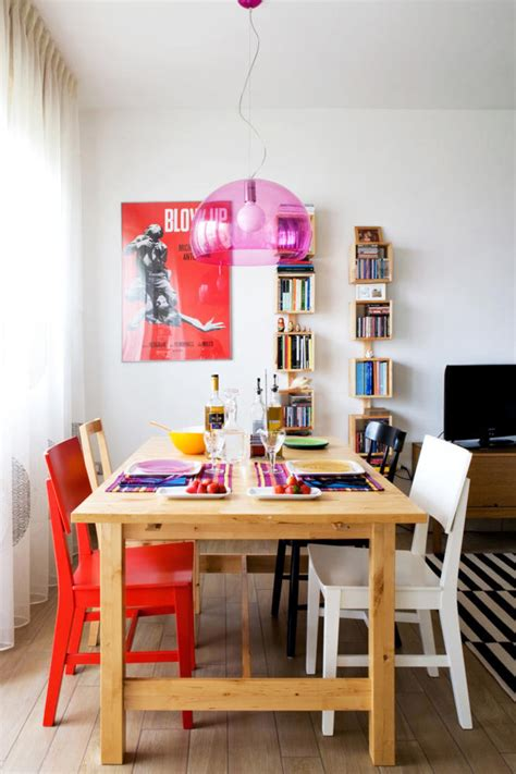 chaises colorées wooden table in the dining room color interior design