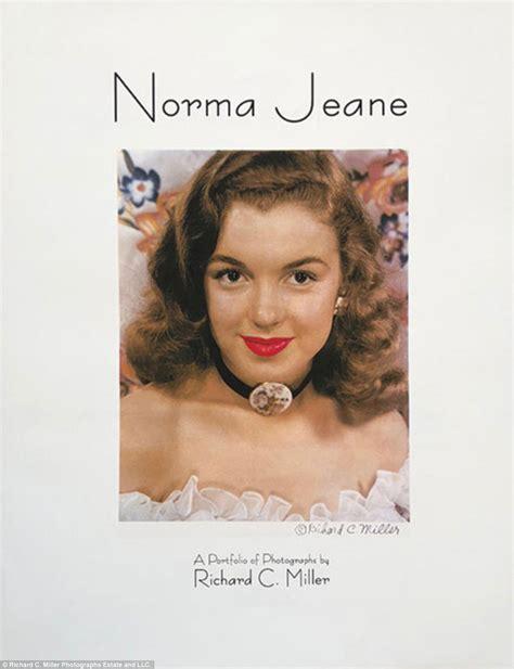 Rare pinup photos o Marilyn Monroe set auction