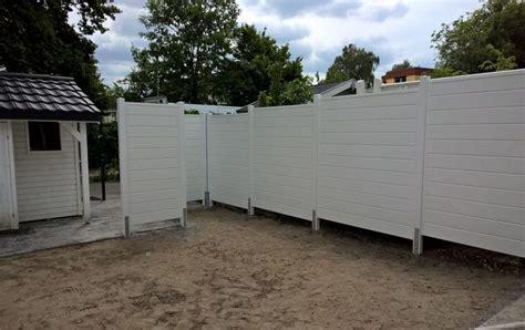 Balkon Sichtschutz Kunststoff Weiß terrassen sichtschutz in holzoptik