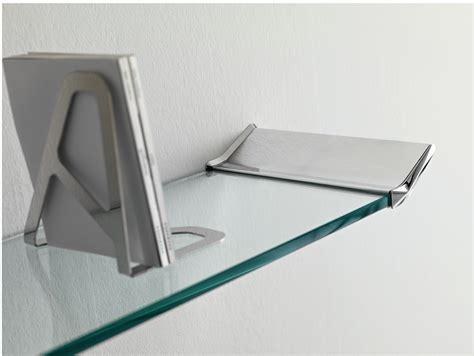 etagere murale en verre 201 tag 200 re murale en verre lala by t d tonelli design design tommaso garattoni