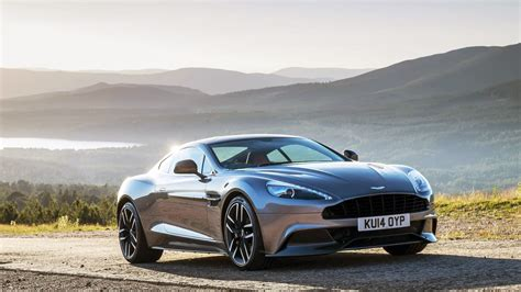 Aston Matin Car : 2015 Aston Martin Vanquish Wallpaper