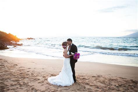 top  wedding photographers  hawaii
