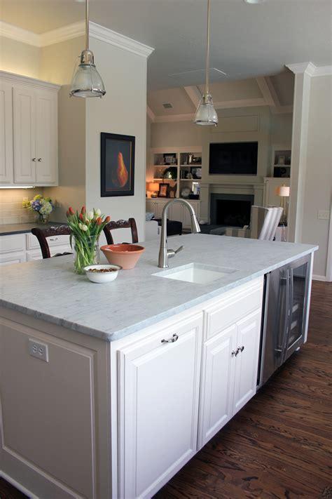 white kitchen  remodel refunk  junk