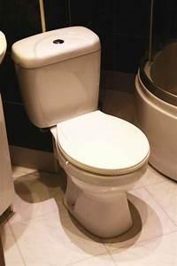 Wc Mit Spülkasten : wc toilette stand komplett set mit sp lkasten keramik ebay ~ A.2002-acura-tl-radio.info Haus und Dekorationen