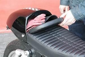 Cafe Compartment Seat For The Triumph Bonneville  Se  T100