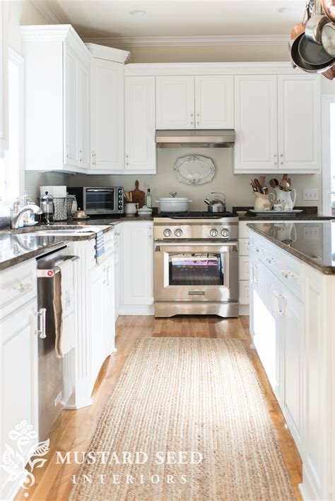 semi gloss paint for kitchen cabinets kitchen cabinets satin or semi gloss www 9278