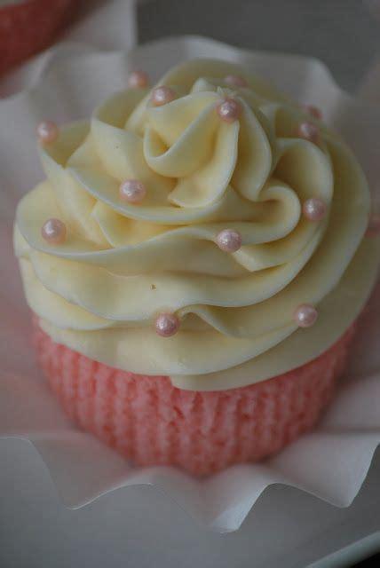 pink lemonade cupcakes ideas  pinterest