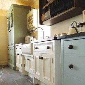 Best 25 free standing kitchen cabinets ideas on pinterest for Kitchen cabinet trends 2018 combined with create your own wall art online