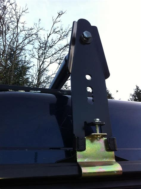 land rover discovery  roof rack solution land rover