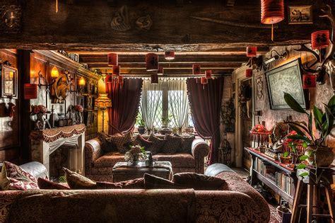 Talliston House Turned Into Reallife Historical